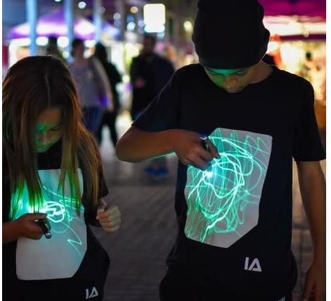 maglietta fluorescente